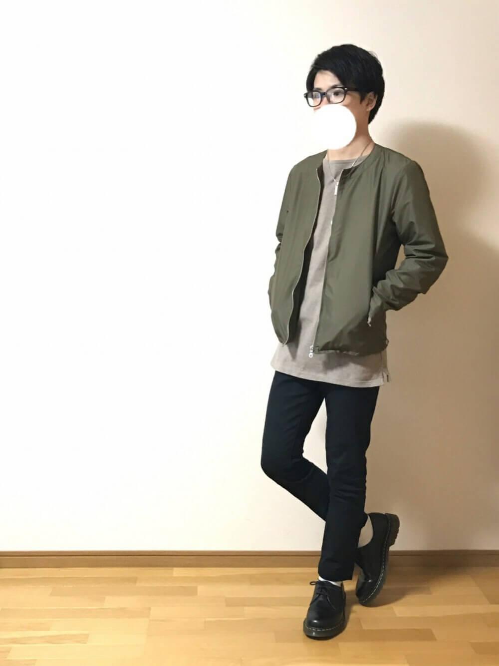 秋のメンズファッションコーデ_MA1